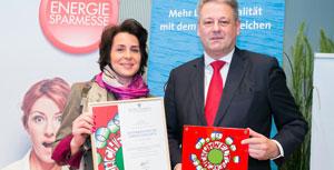 Für ihren Betrieb nahm Hafnermeisterin Gabriele Kloiber die Auszeichnung entgegen.